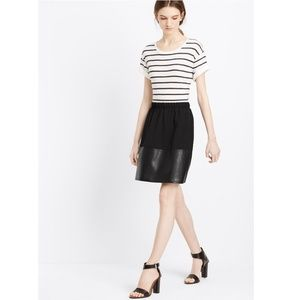 Vince Women's Black Contrast Band Leather Skirt